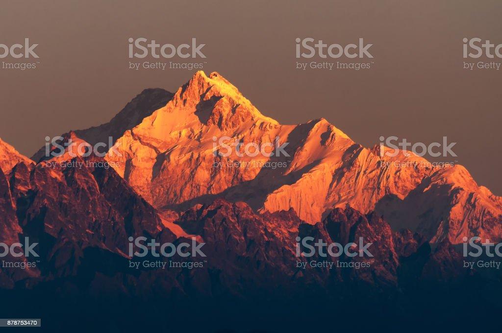 Erstes Licht auf Mount Kanchenjugha, Himalaya-Gebirge – Foto