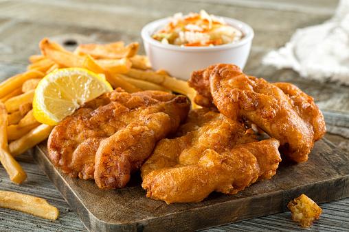 Fish And Chips - Fotografie stock e altre immagini di Asinello