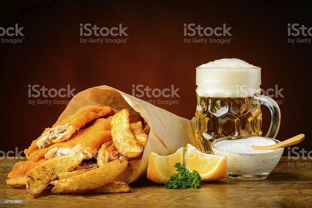 Fisch und chips und Bier – Foto