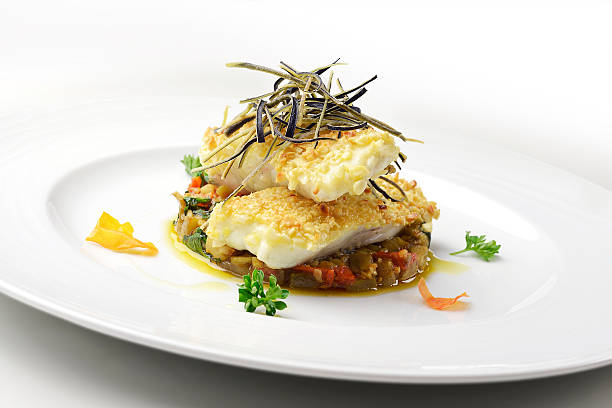 fish dish, fillet of turbot in almond crust - rodaballo fotografías e imágenes de stock