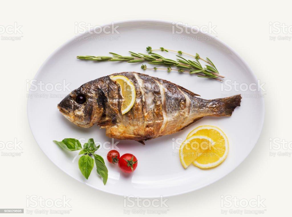 Fisch Teller isolierten auf weißen Hintergrund – Foto