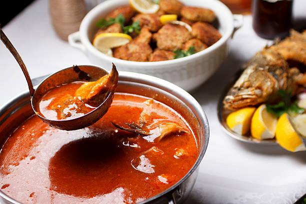 fish soup - 匈牙利文化 個照片及圖片檔