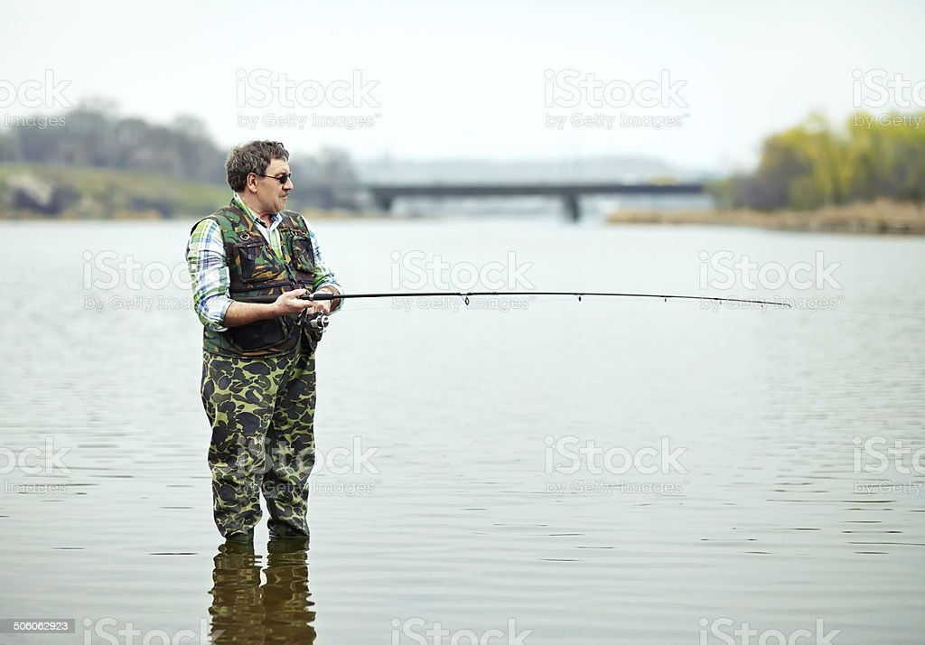 Angler Angeln am Fluss – Foto