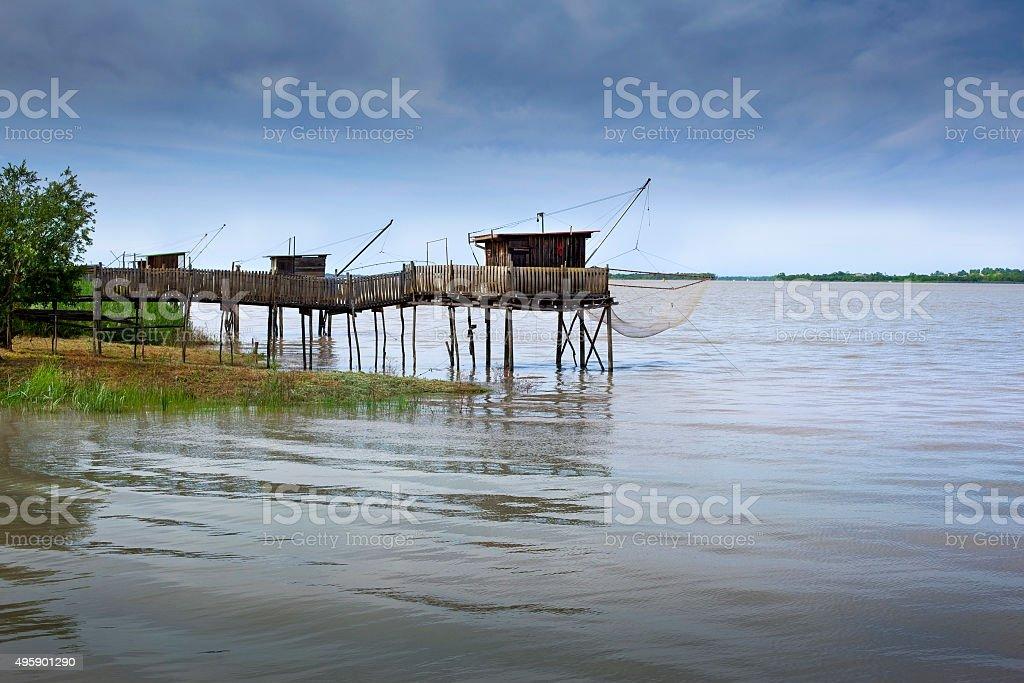 Pêcheur huttes sur la rivière - Photo