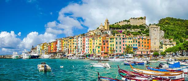 pescatore città di portovenere, liguria, italia - la spezia foto e immagini stock