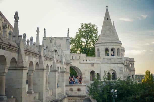 フィッシャーマンズバッション,ブダペスト,ハンガリー - マーチャーシュ教会 ストックフォトと画像