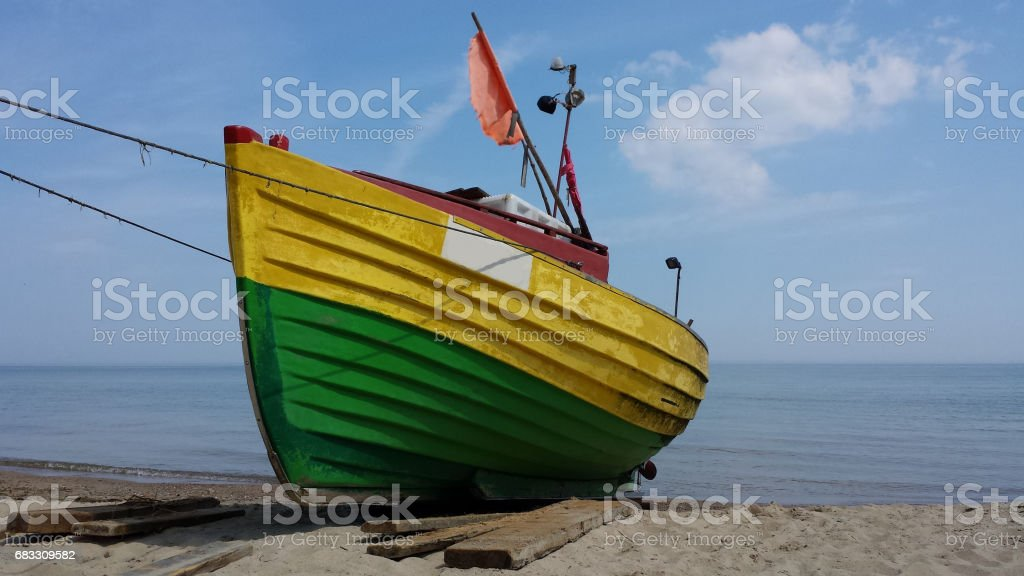 Fishing boat on the beach photo libre de droits