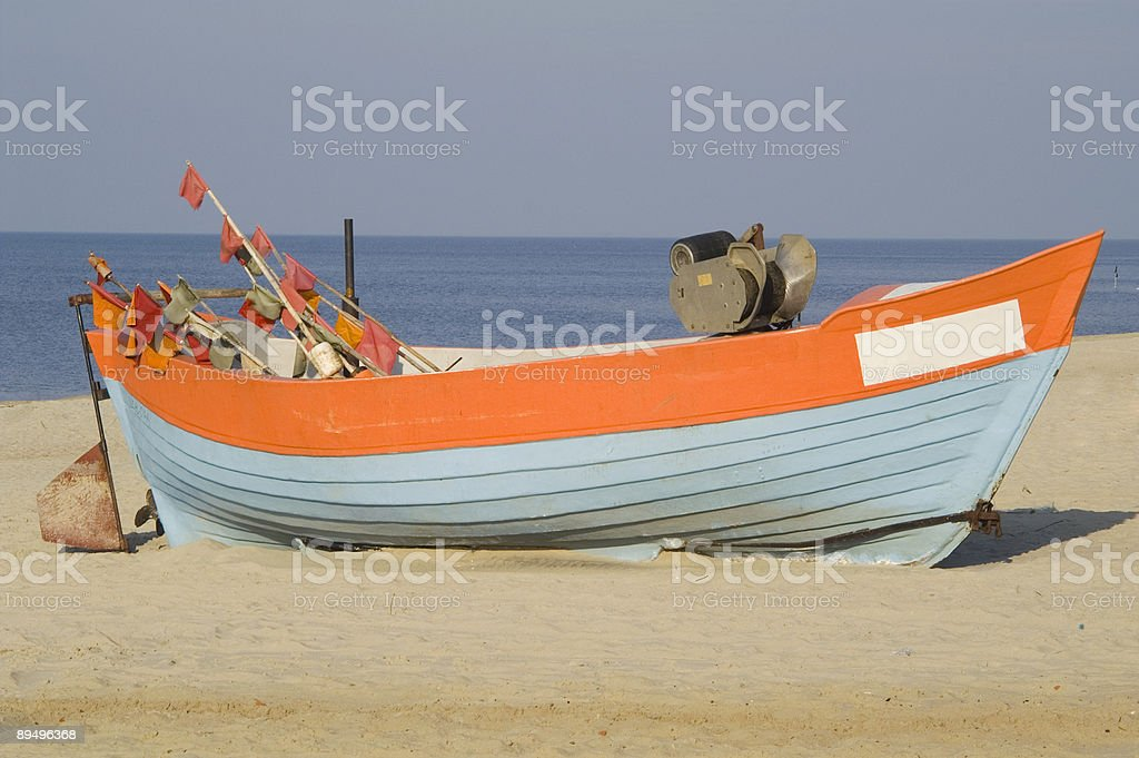 Fishing boat on the beach_2 royaltyfri bildbanksbilder