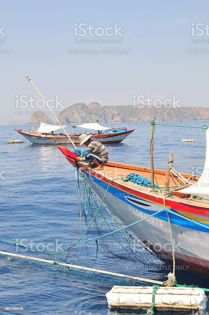 Trawl boats