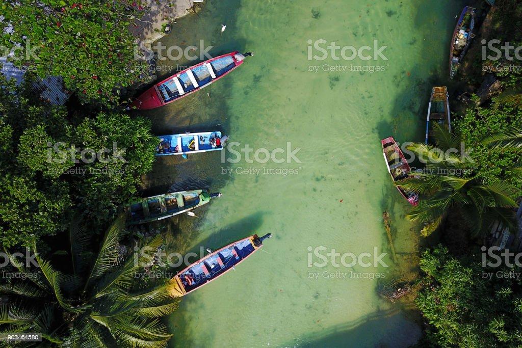 Pesca embarcaciones en Río blanco, Ocho Rios, Jamaica - foto de stock