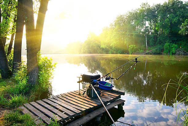 Angeln im Fluss – Foto