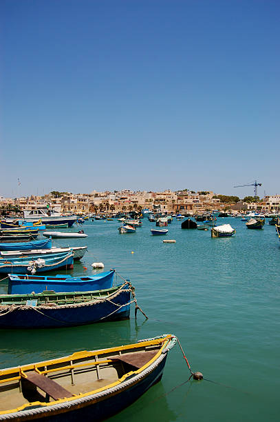 fishman barcos em malta - fishman imagens e fotografias de stock