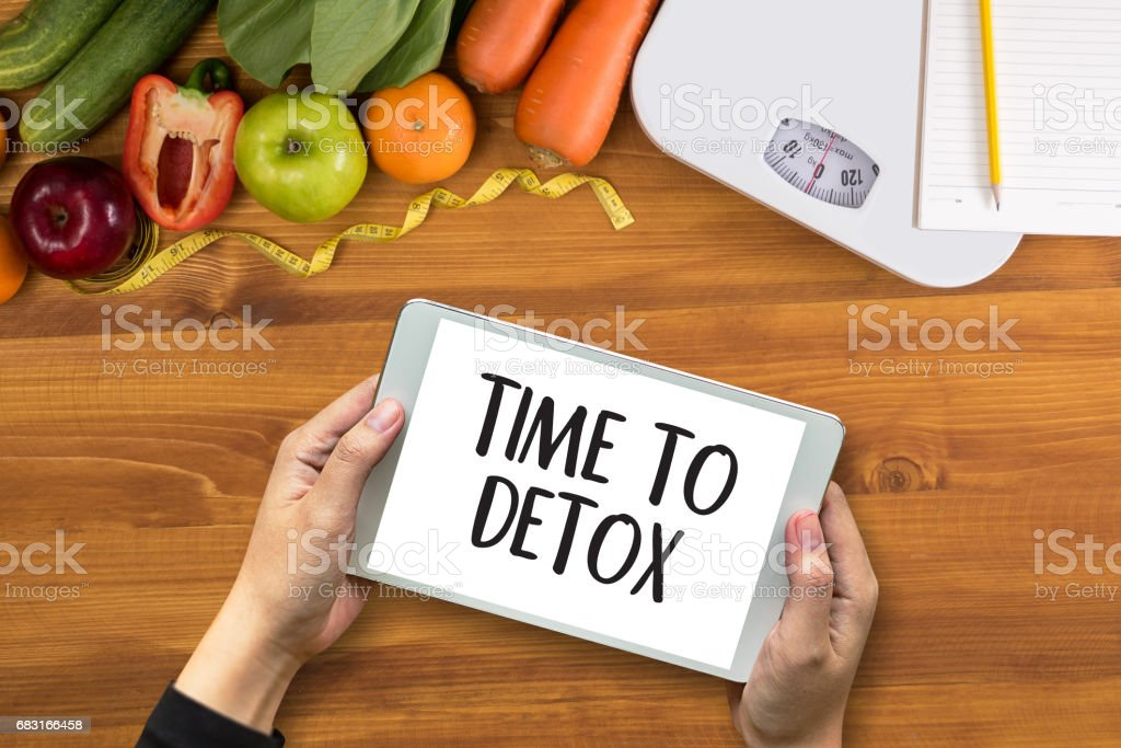 TIME TO DETOX Fitness and weight loss concept 免版稅 stock photo