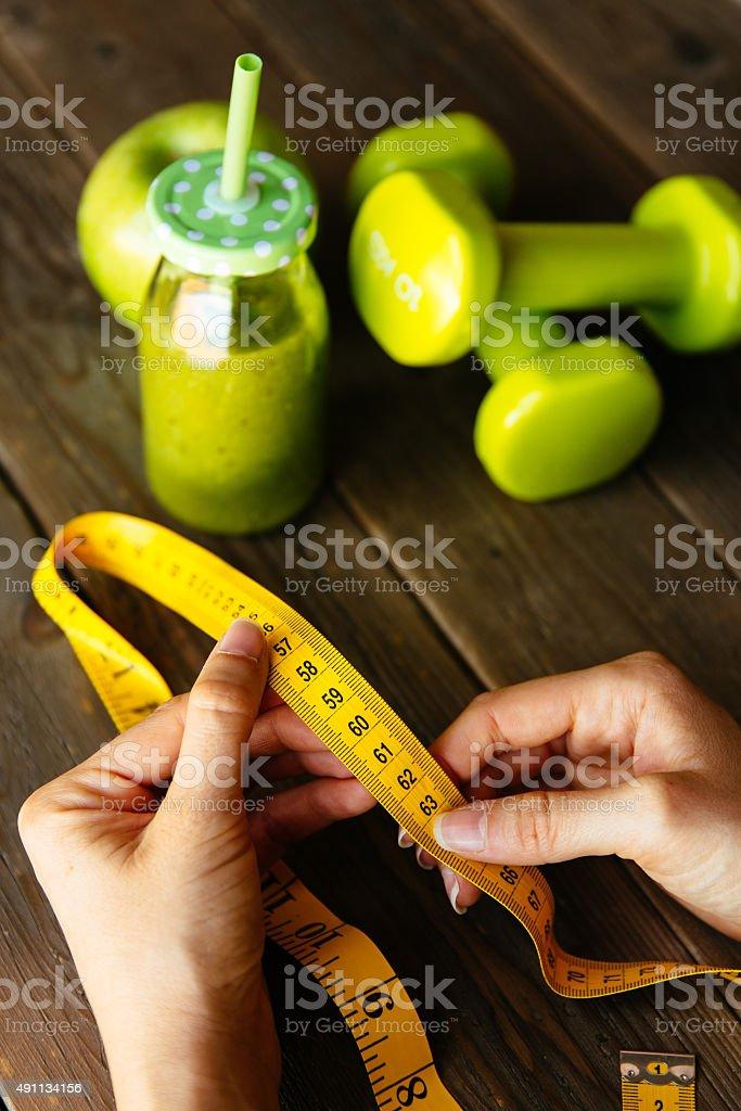 Fitness-Diät und Ernährung-Konzept mit grünen gesunden Entschlackung smoo – Foto