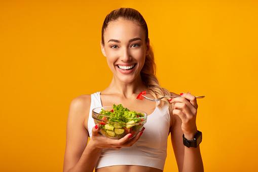 Untuk Menjaga Kesehatan Tulang Maka Kita Sebaiknya Mengonsumsi Makanan yang Mengandung