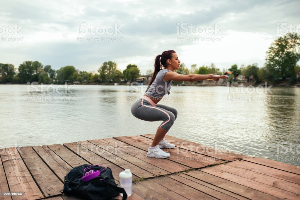 Academia de ginástica e ao ar livre - foto de acervo