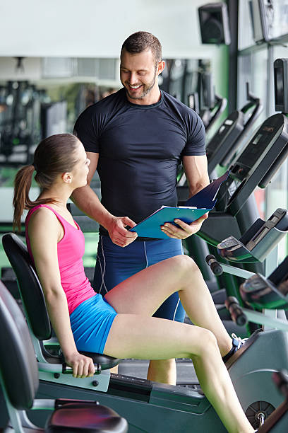 il fitness - runner rehab gym foto e immagini stock