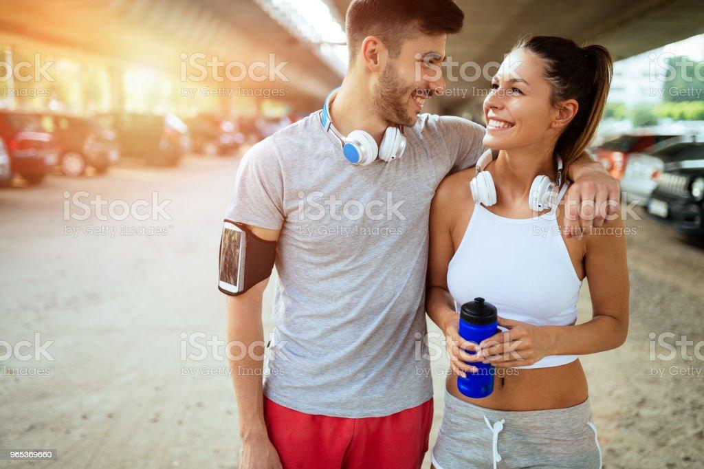 Fitness training for couple in love zbiór zdjęć royalty-free