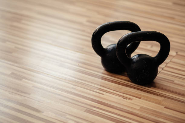 fitness weights collection - set deportivo fotografías e imágenes de stock