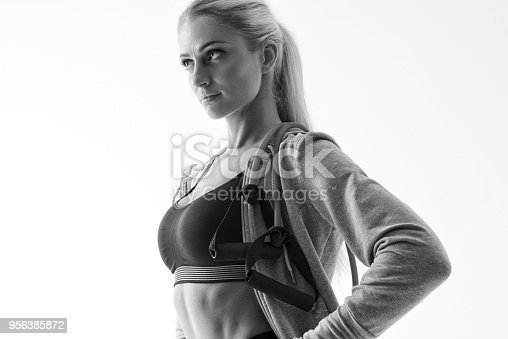 884865956 istock photo Fitness woman workout 956385872
