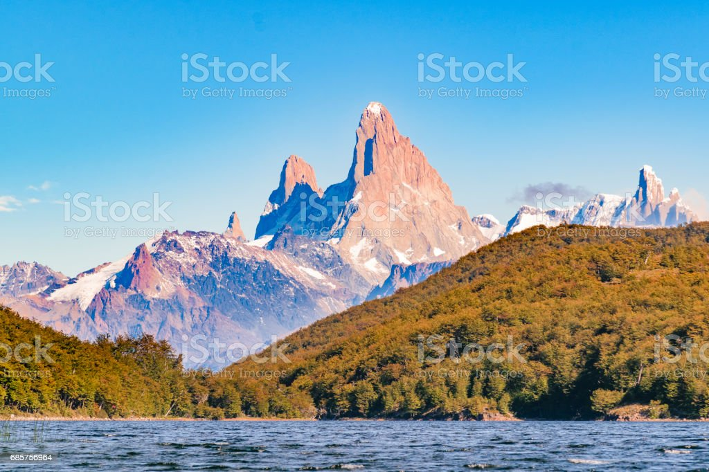 Fitz Roy en Poincenot bergmeer bekijken - Patagonië - Argentinië royalty free stockfoto