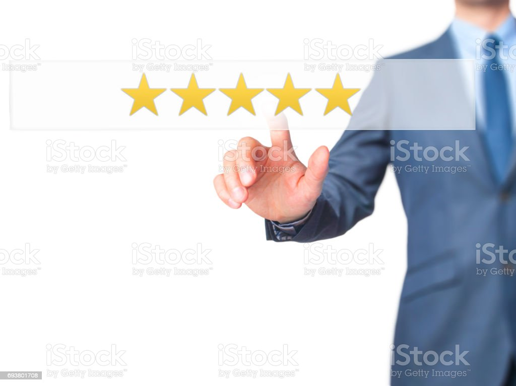 Cinq Etoiles - homme d'affaires main appuyant sur le bouton sur l'interface à écran tactile. - Photo