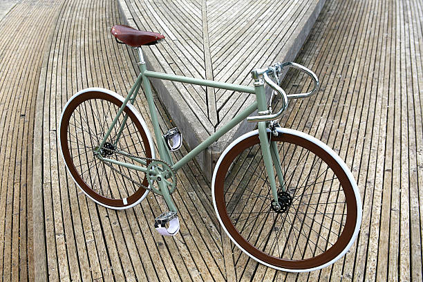 fixie bicicleta - bastidor de la bicicleta fotografías e imágenes de stock