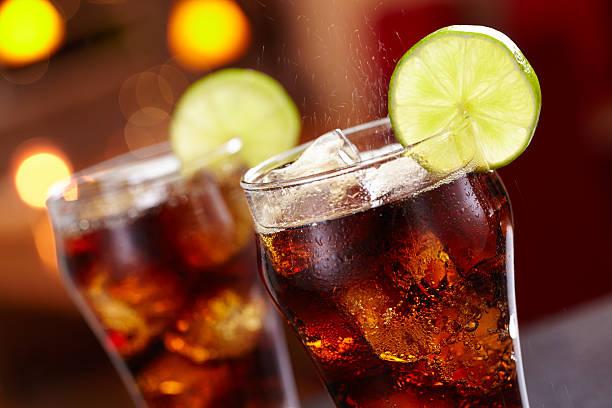 fizz - alkoholfreies getränk stock-fotos und bilder