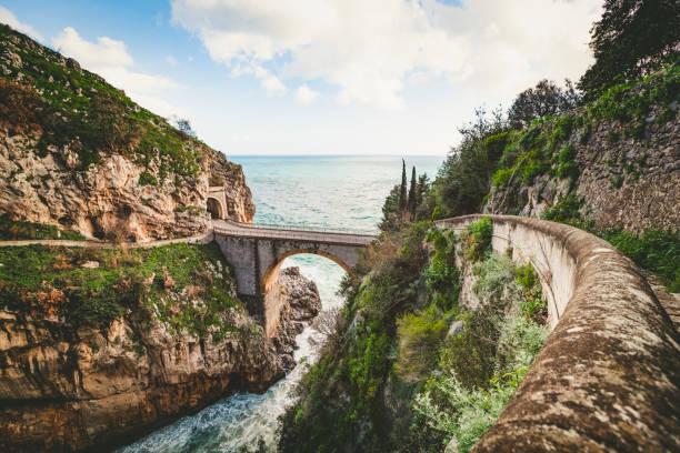 Fjord Furore Brücke, Amalfiküste, Italien – Foto
