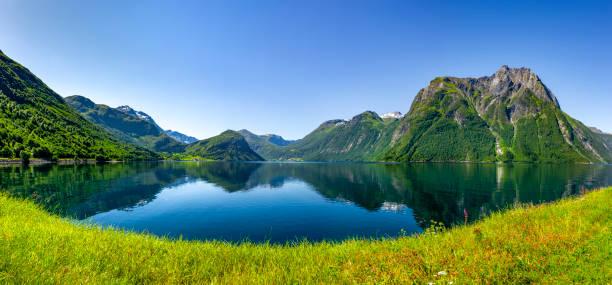 fjord - fiordi foto e immagini stock