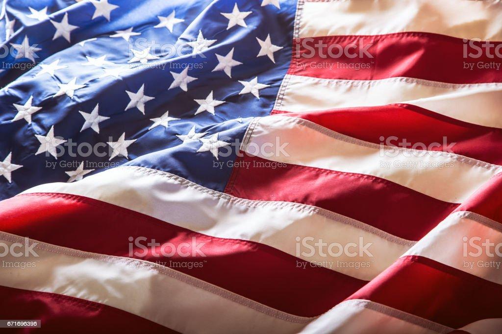 USA-Flagge. Amerikanische Flagge. Amerikanische Flagge weht der Wind. Close-up. Studio gedreht – Foto