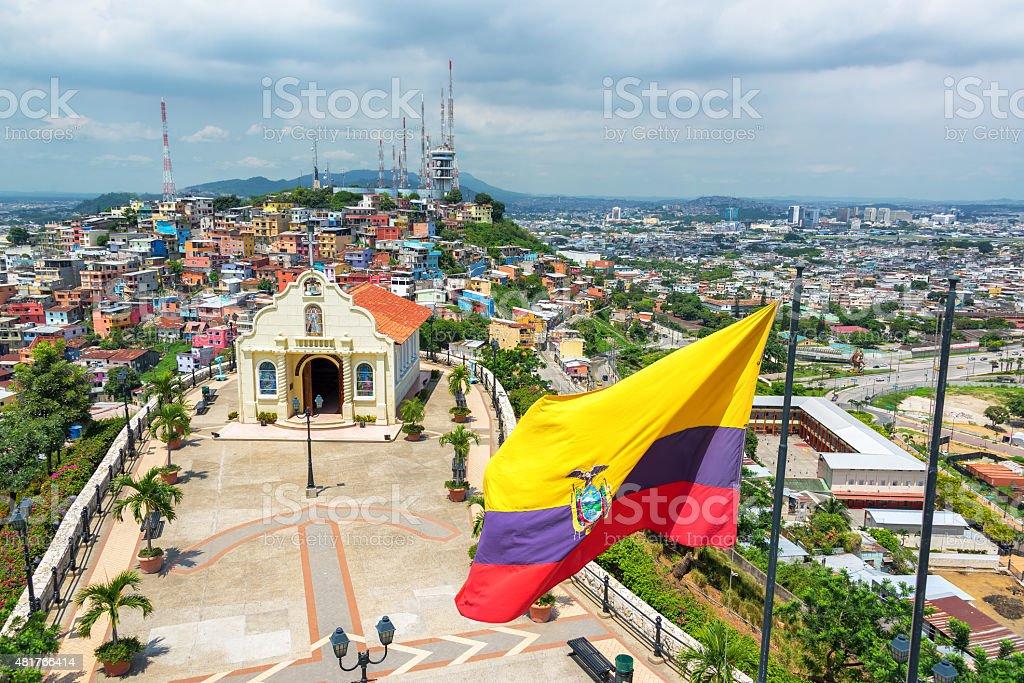 Bandera y Church en Guayaquil - foto de stock