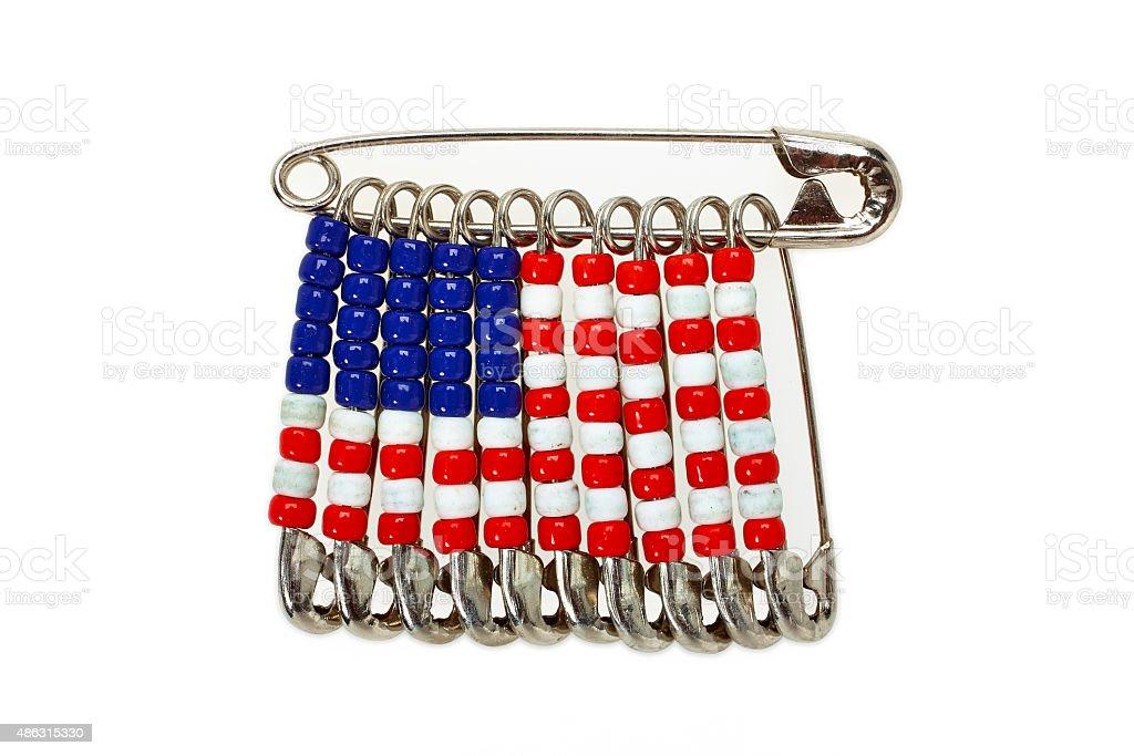 Flaga Stanów Zjednoczonych z agrafki na białym tle – zdjęcie