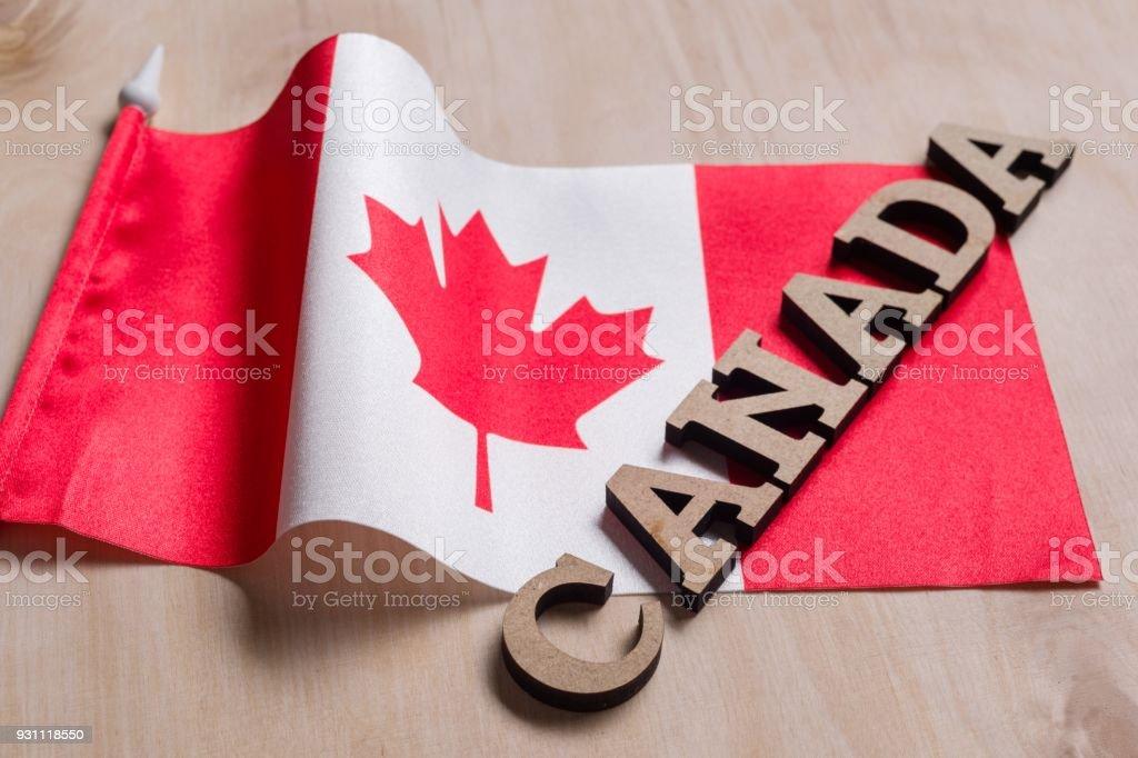Harfler, ahşap arka plan bayrak Kanada, Kanada word içinde ahşap soyut - Royalty-free Ahşap Stok görsel
