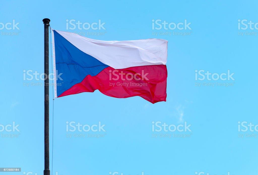 Bandera de República Checa o la bandera de la República Checa en Praga - foto de stock