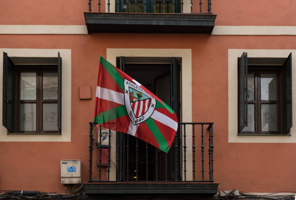 Flag of football club athletic bilbao on a balcony picture id1091293566?b=1&k=6&m=1091293566&s=612x612&w=0&h=4qoc4by85rpyszofevicooe9wlquc2kua9evgly8kpi=