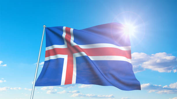 Bandeira de Islândia com estrutura da tela de encontro a um céu nebuloso - foto de acervo
