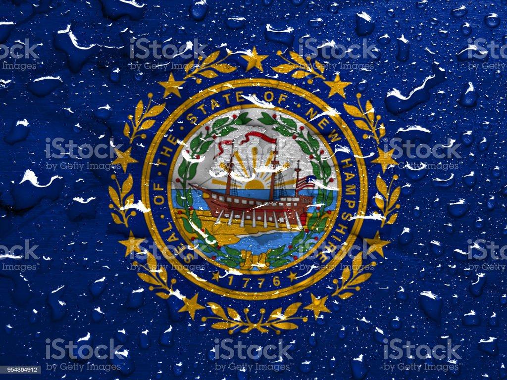 Bandeira de New Hampshire com chuva cai - foto de acervo