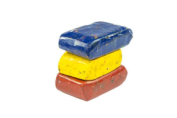 flag of romania with wax crayon - wachsmalblöcke stock-fotos und bilder