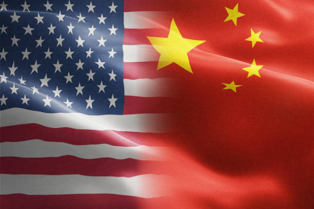 flag of united states of america against china - indicates partnership, agreement, or trade wall and conflict between these two countries - cinese foto e immagini stock
