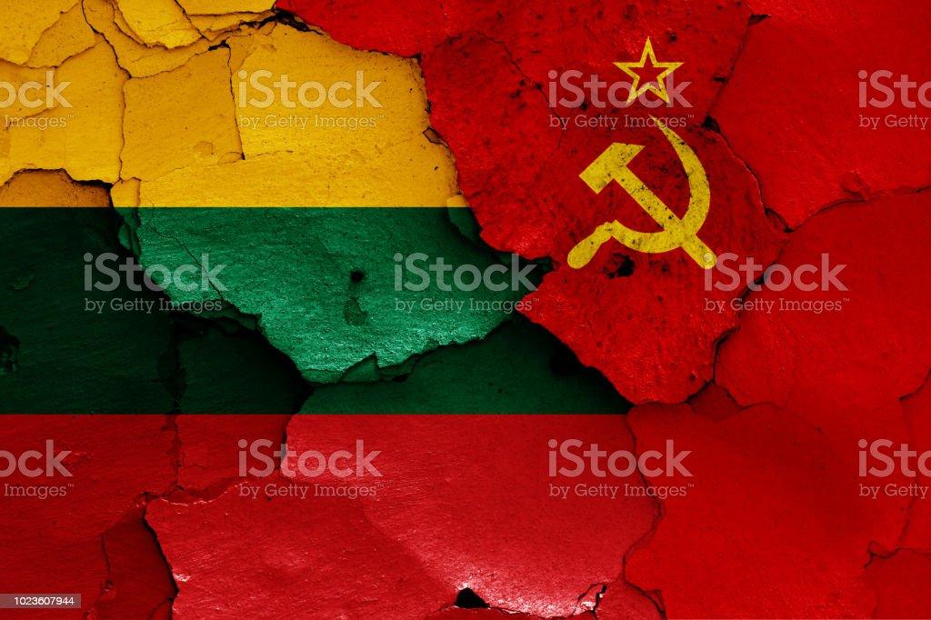 banderas de Lituania y la Unión Soviética - foto de stock
