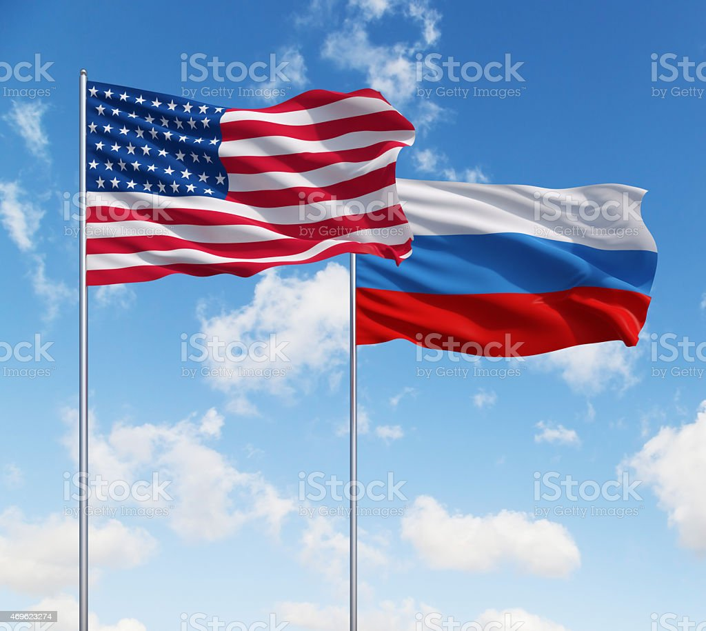 Bandeiras dos EUA e da Rússia - foto de acervo
