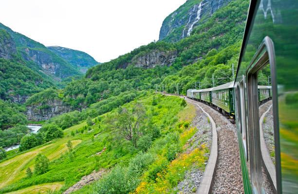 flam scenic rail, norway - moraine стоковые фото и изображения