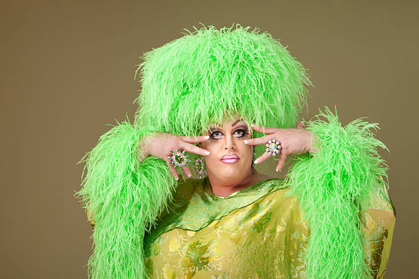 flamboyant drag queen - drag queen stockfoto's en -beelden