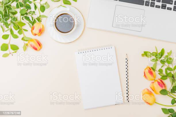 Flat lay blogger or freelancer workspace with a laptop yellow tulips picture id1226797246?b=1&k=6&m=1226797246&s=612x612&h=11ewqjqsgbqq5e07qvkpg gtkhs4rx9z7vokflis8lk=