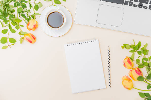 Flat lay blogger or freelancer workspace with a laptop yellow tulips picture id1226797246?b=1&k=6&m=1226797246&s=612x612&w=0&h=ukpl2hdv6bjmrxp qbxbjwgjbbggrsypet2ifgavvme=