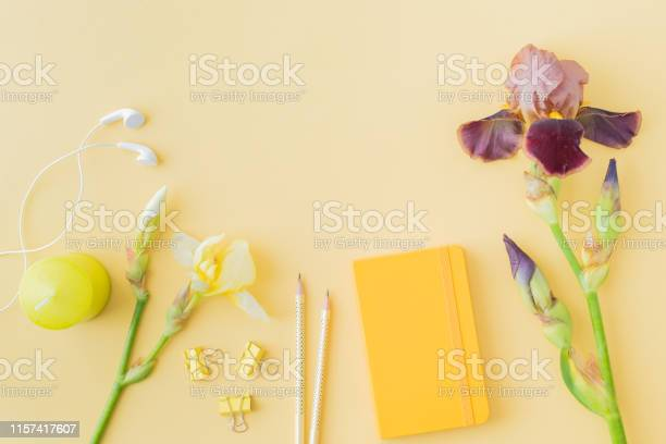 Flat lay blogger or freelancer workspace with a notebook yellow and picture id1157417607?b=1&k=6&m=1157417607&s=612x612&h=hvs1gsbbss1qerpcgje kixgk8vudibaamztrhbgjfi=