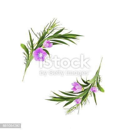 istock Composición de flores completamente laicos. Corona de flores ...