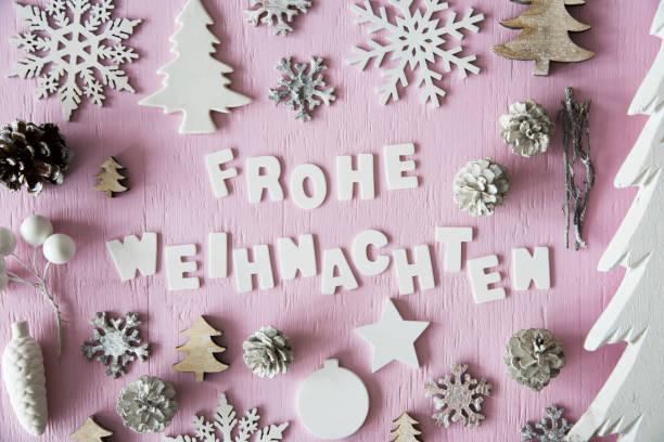 düz yatıyordu, frohe weihnachten mutlu noeller demek - weihnachten stok fotoğraflar ve resimler