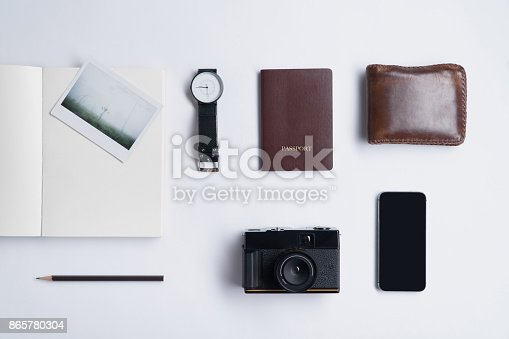 627291036 istock photo Flat lay of memories concept and accessories 865780304